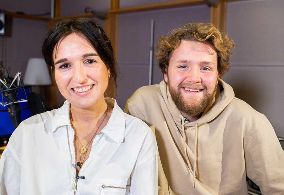 Adelina Og Martin Tar Over Frokostshowet Til P3 Kampanje